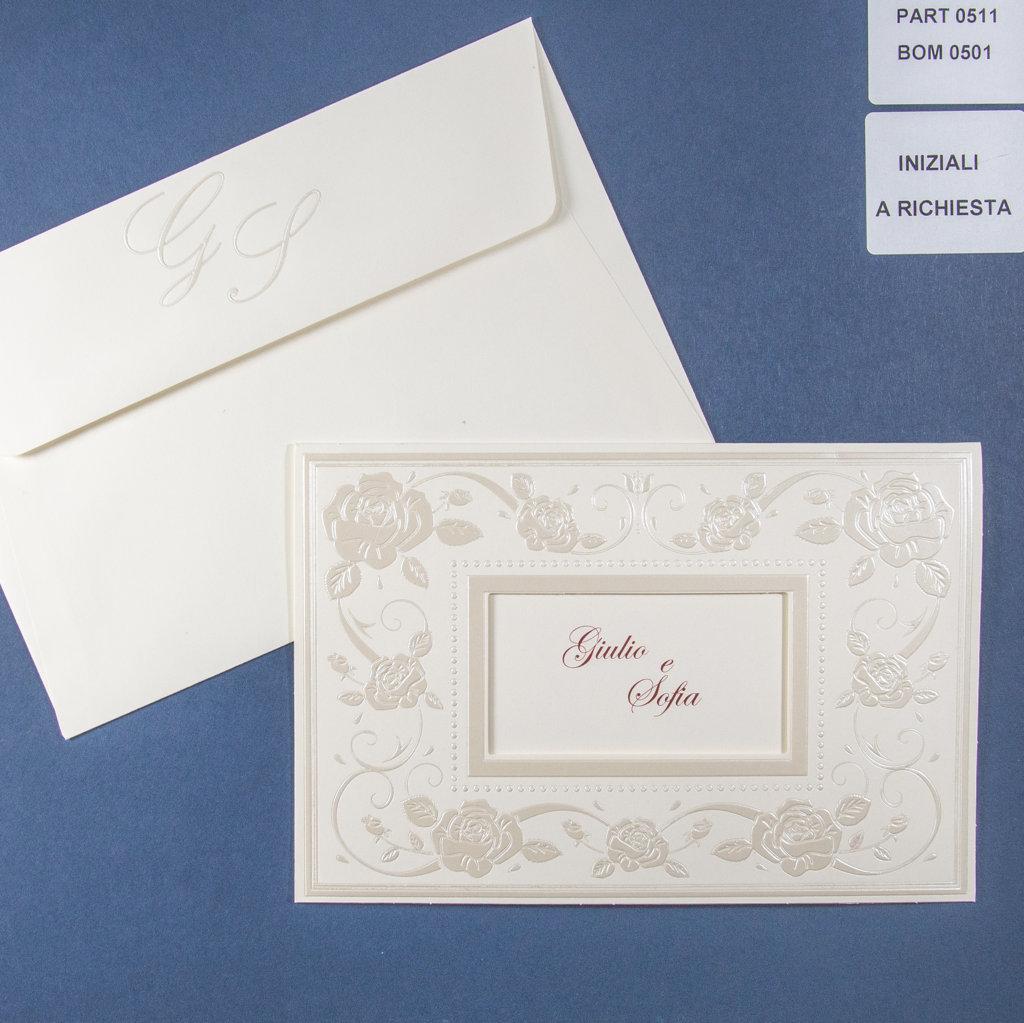 42cbe16d5f59 Partecipazione di matrimonio elegante con cornice perlata rilievo ...